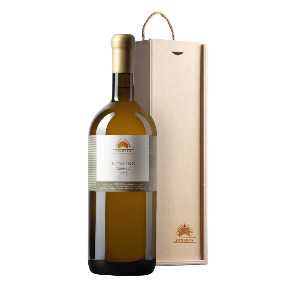 Riesling 2017, Noble rot Magnum in wooden gift box